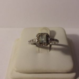 Avon Sterling Silver Square Stone Ring Size 6